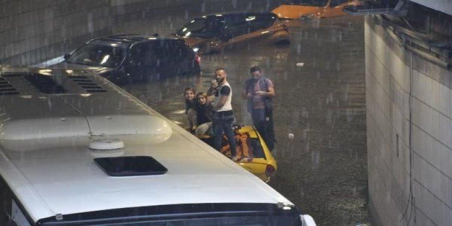 Şehir yine sular altında