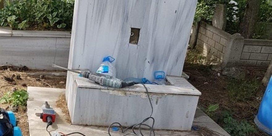Hırsızlar mezarlıktaki muslukları çaldı