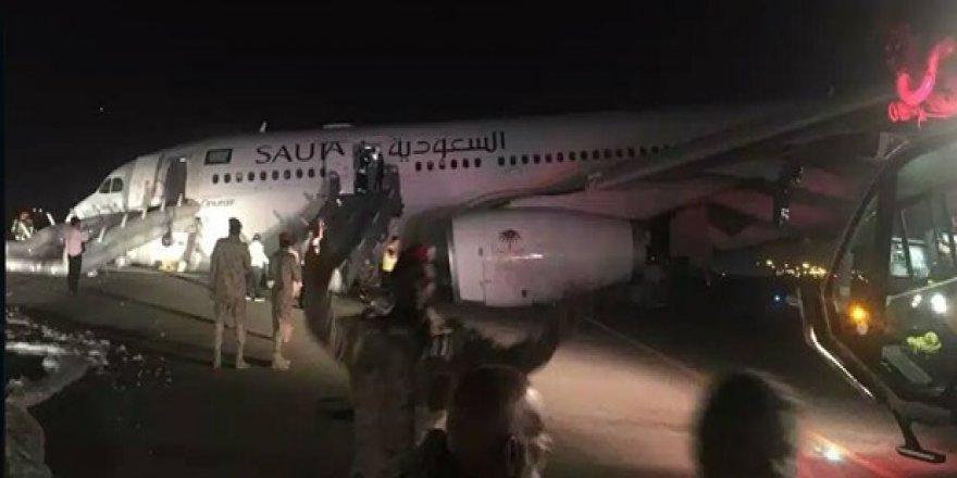 Türk pilot uçağı burun üstü indirdi