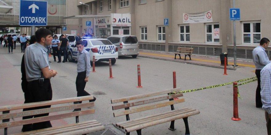 Hastane önünde dehşet: 1 ölü, 1 yaralı