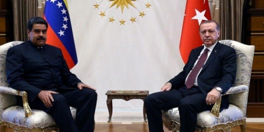 Erdoğan, Moduro'yu tebrik etti