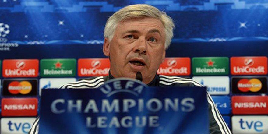 Napoli, Ancelotti ile sözleşme imzaladı