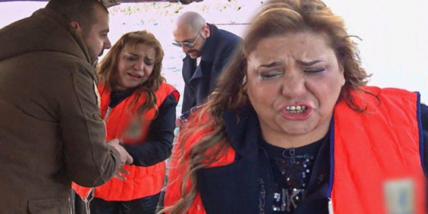 Ünlü şarkıcının zor anları ! Gözyaşlarına boğuldu