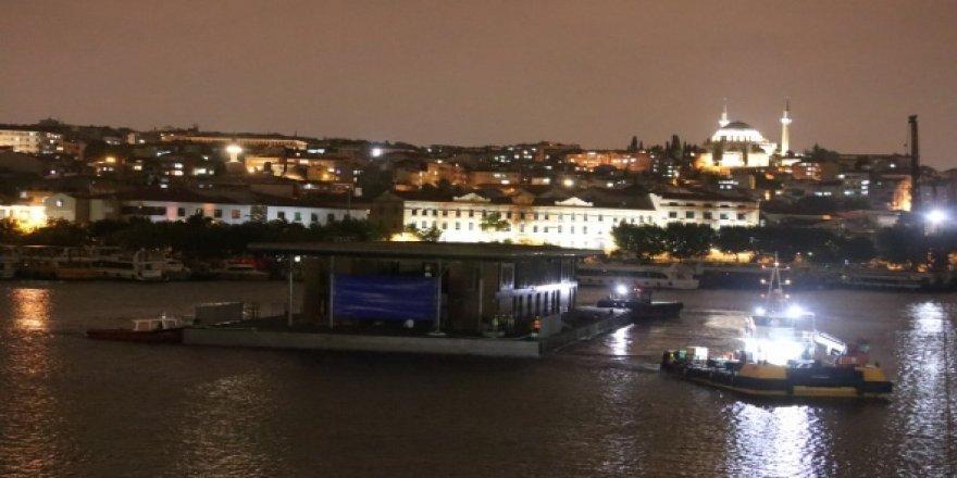 Karaköy yeni yüzer iskelesine kavuştu