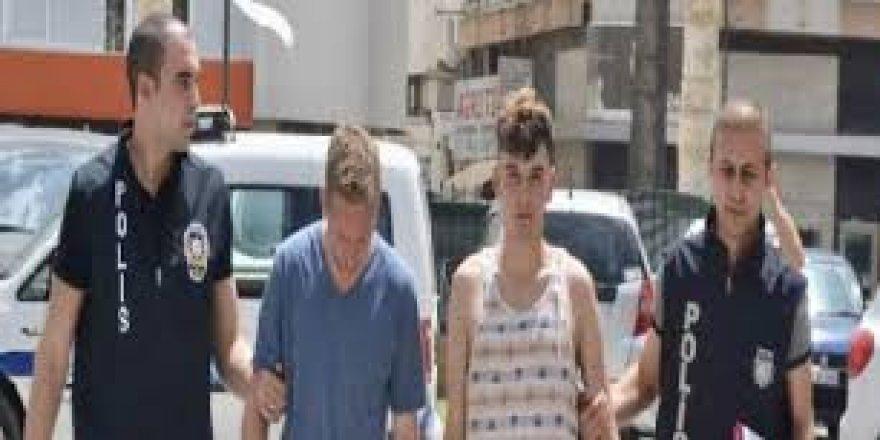 KKTC'de Türk Bayraklarını indirmek isteyen 2 kişi tutuklandı