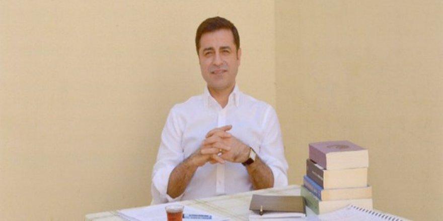 Perinçek ile Demirtaş arasında 'HDP'yi kapatma' polemiği