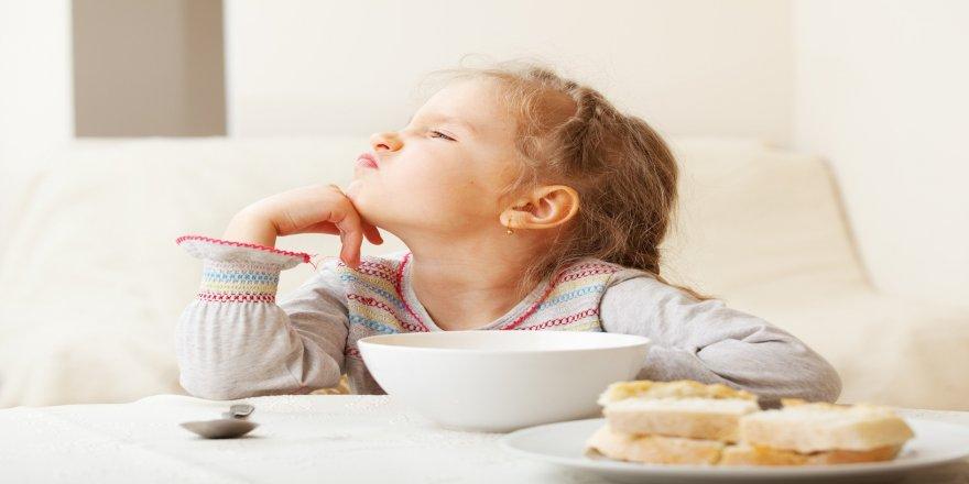 Yemek seçen çocuklara dikkat