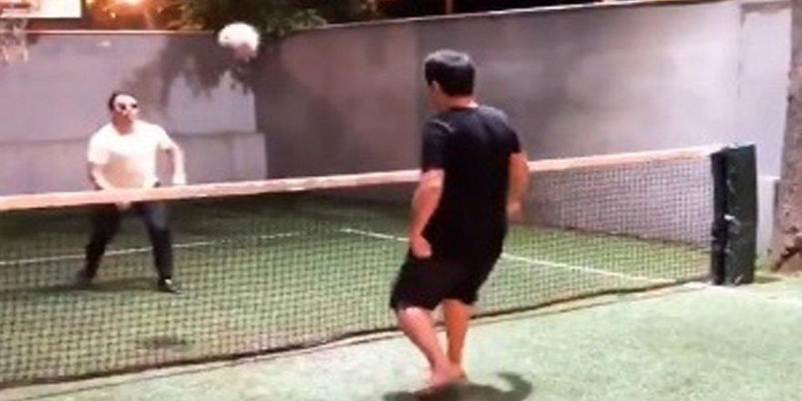 Acun ile Nusret voleybol oynadı
