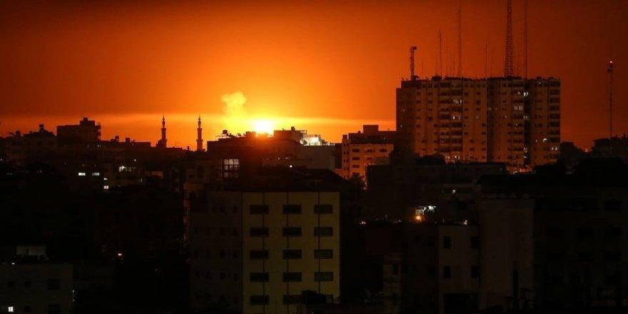 İsrail, Gazze'ye saldırdı