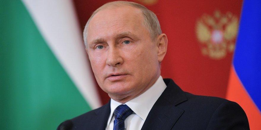 En popüler politikacı Putin oldu