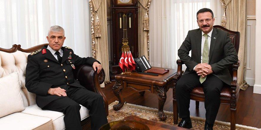 Arif Çetin, Vali Aksoy'u ziyaret etti