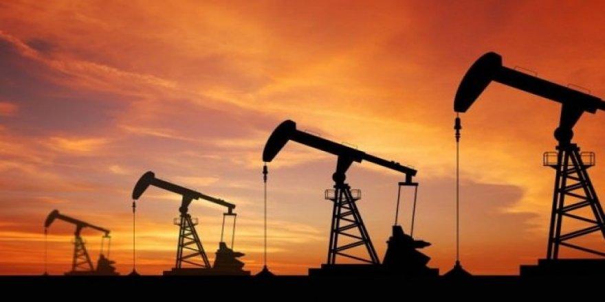 İran, petrol fiyatlarında indirime gitti