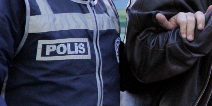 Araması bulunan 10 şahıs tutuklandı