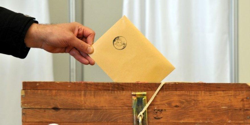 724 bin 911 kişi oy kullanacak