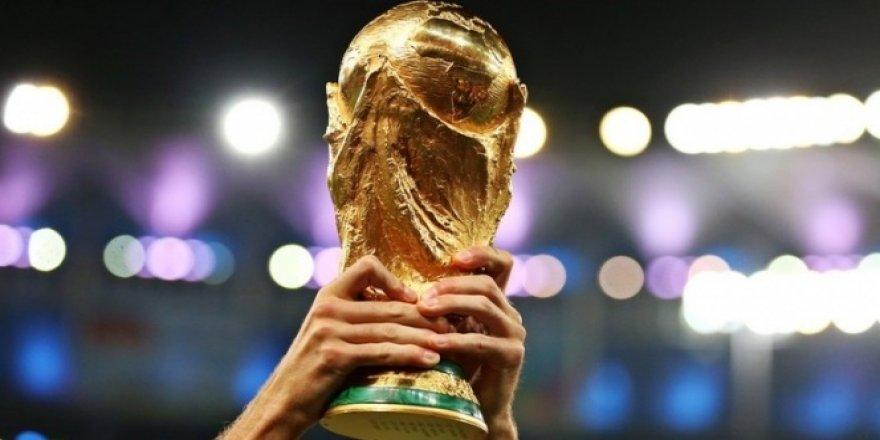 Dünya Kupası kampında cinayet