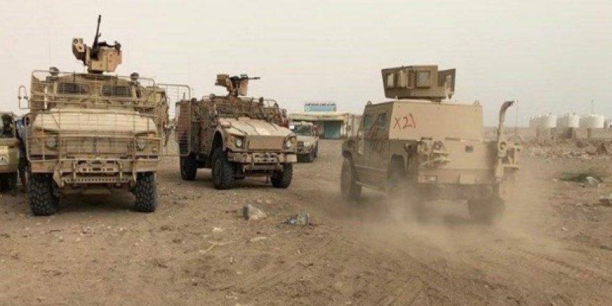 Yemen'de havaalanı Husilerden geri alındı
