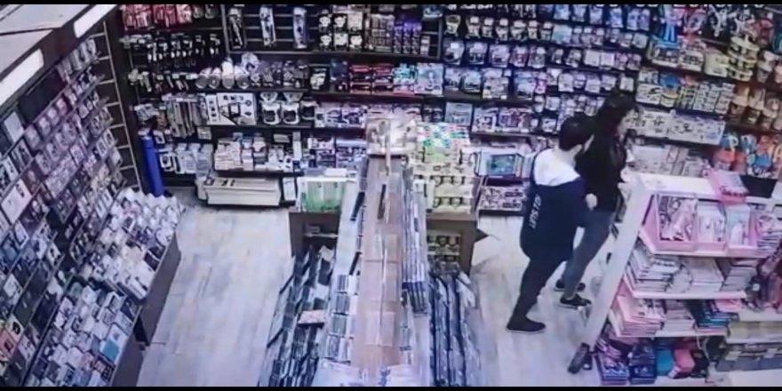 Kameralara yakalandılar