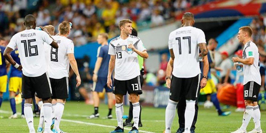 Almanya, zaferi uzatmalarda aldı
