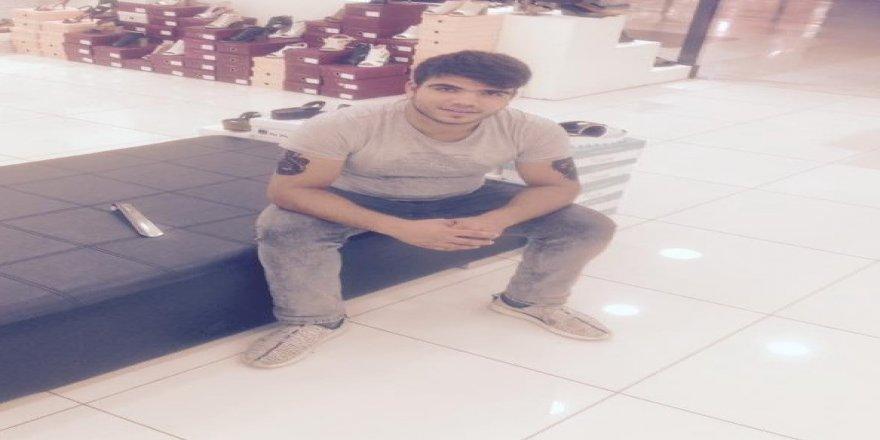 Kazada yaralanan genç hayatını kaybetti