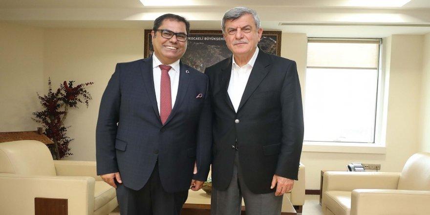 Rektörü Aslan'dan  Karaosmanoğlu'na ziyaret