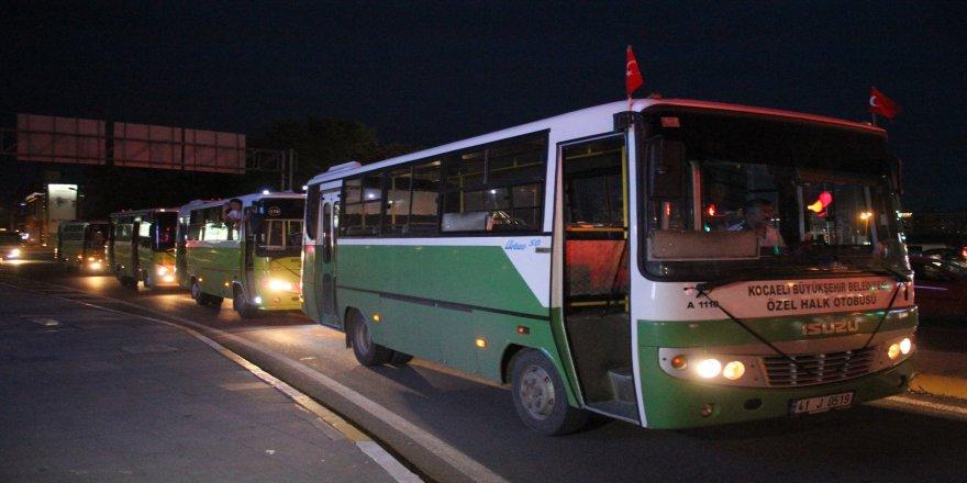 Yüzlerce özel halk otobüsü  meslektaşlarının ölümüne tepki gösterdi