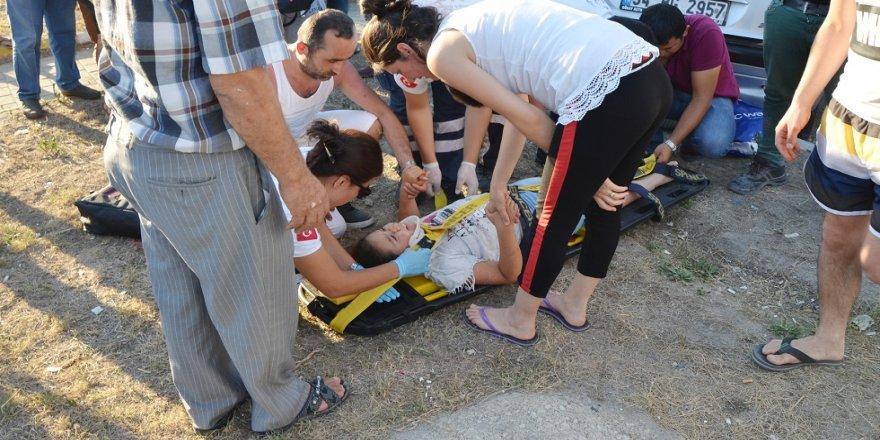 Otomobil ile tır çarpıştı; 4 yaralı