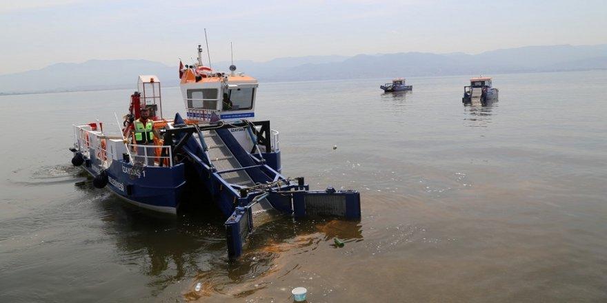 Körfezden 180 ton çöp toplandı