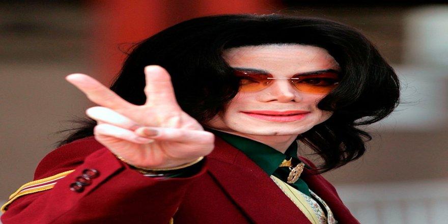 Michael Jackson'a kimyasal hadım uygulandı iddiası