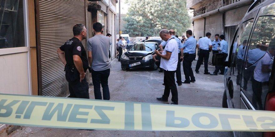 Polisle çatışan zanlılar yakalandı