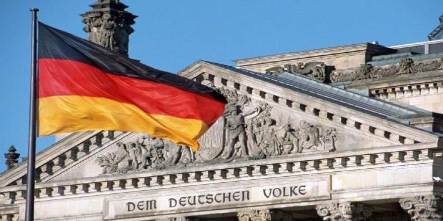 Almanya'dan İngiltere Başbakanına çağrı