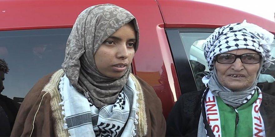 Genç kadından 'Han el-Ahmer bizim kalacak' mesajı