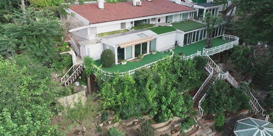 Adnan Oktar'ın villası yakında görüntülendi
