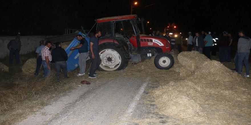 Kamyon, traktöre çarptı: 1 ölü