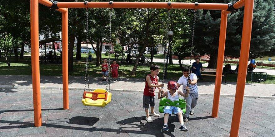 Çocuk oyun alanlarına 24 saat kameralı gözetim
