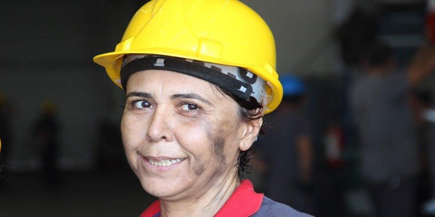 Sanayiye kadın eli değdi
