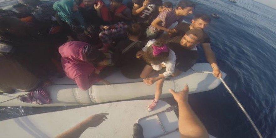 53 kaçak göçmen yakalandı