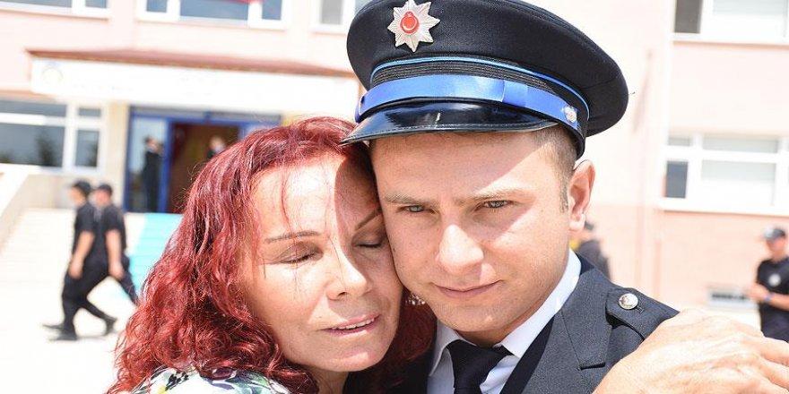 Şehit babasının izinden gidip polis oldu