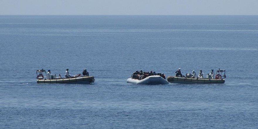 156 kaçak göçmen kurtarıldı