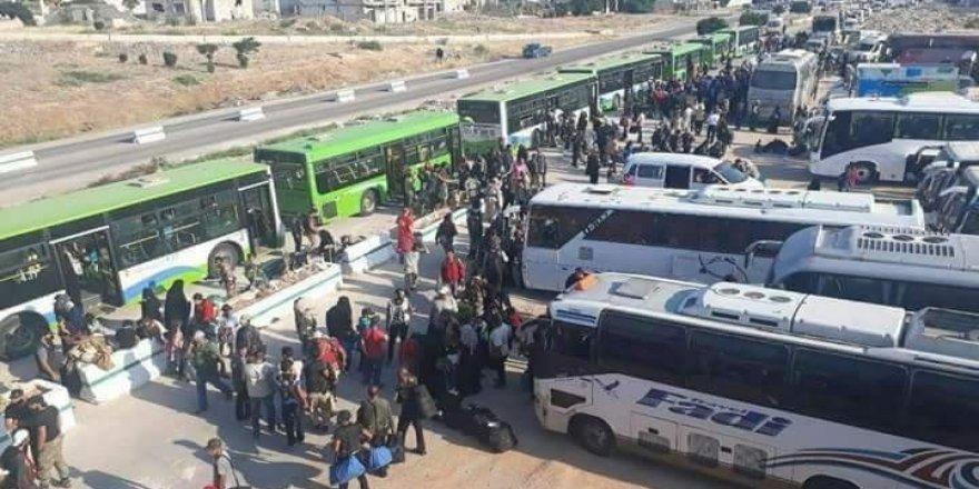 İlk mülteci kafilesi İdlib'e geldi