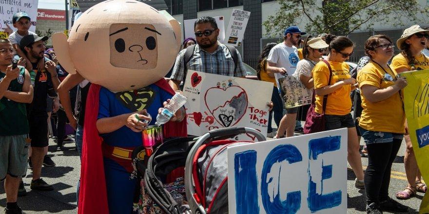 Trump'ın göçmen karşıtı politikası protesto edildi