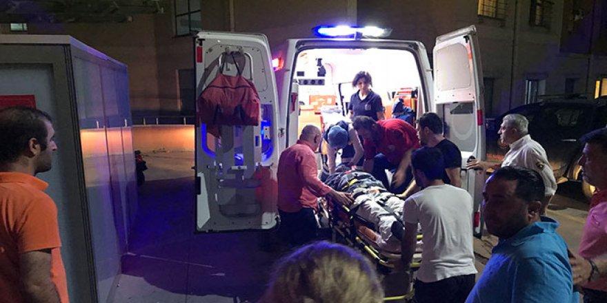 Ünlü oyuncuya motosiklet çarptı
