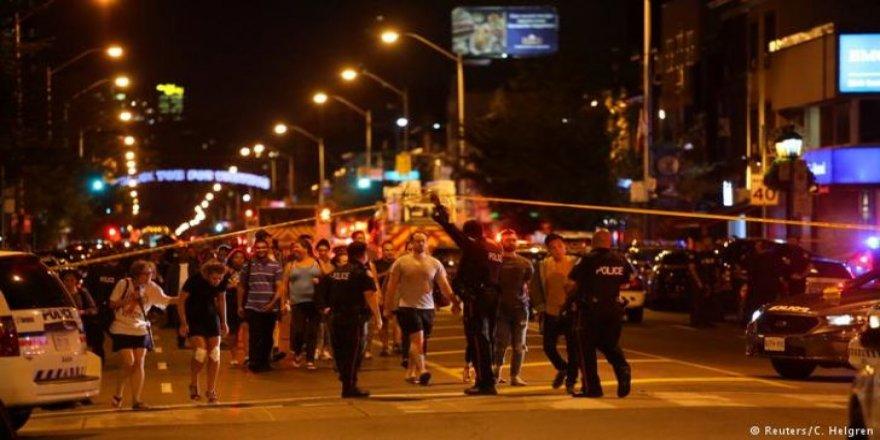 Silahlı saldırı: 2 ölü, 14 yaralı