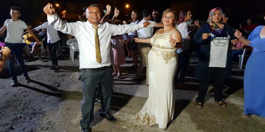 18 yıl sonra düğün yaptılar