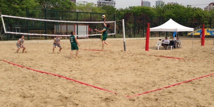 Plaj Voleybolu Turnuvası başlıyor