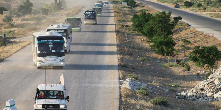Suriye'nin güneyinden üçüncü tahliye konvoyu İdlib'de