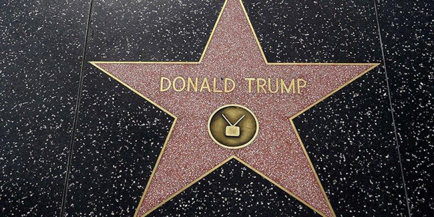 Trump'ın yıldızı tahrip edildi
