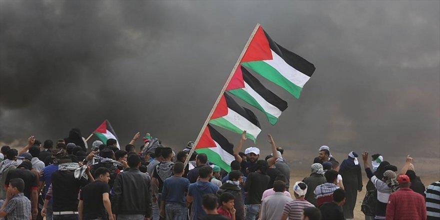 İsrail'in Gazze'de işlediği suçların dosyası UCM'ye sunuldu