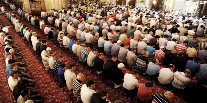 Cuma hutbesi: Cami ve cemaat adabı