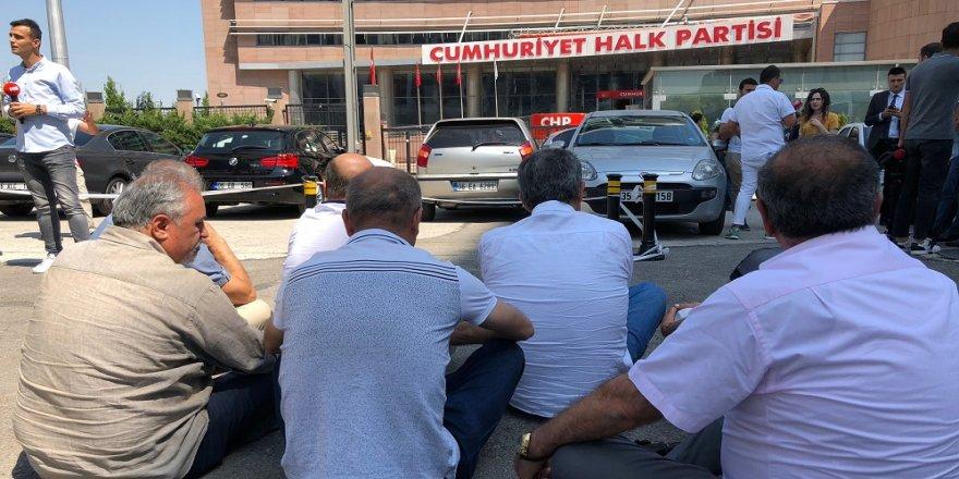 CHP'de oturma eylemi