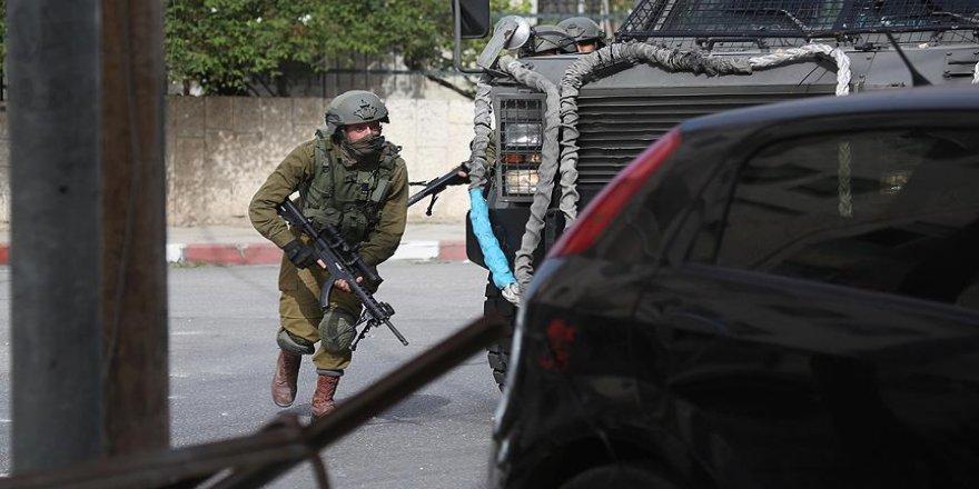 İsrail, 7 Filistinli gazeteciyi gözaltına aldı
